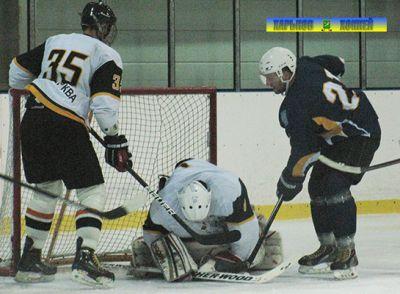 Фото www.hockey.inf.ua